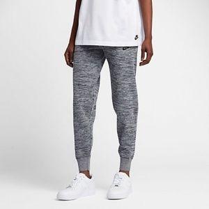 Nike Sportswear Tech Knit Jogger Trouser
